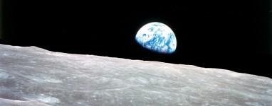 4-23-12_Earthrise