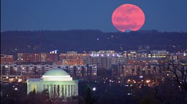 Redmoon_3-24-11